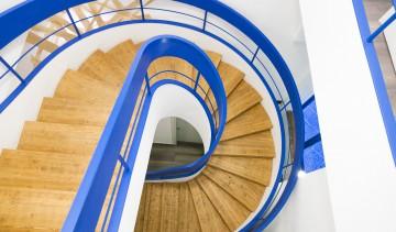 Le scale per accedere al piano superiore